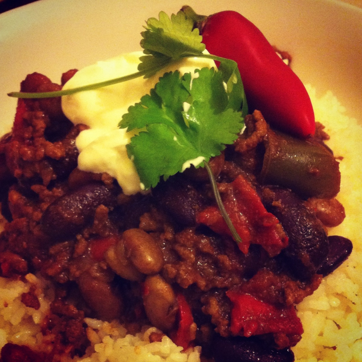 Chilli con carne with a twist thehungrylinguists for Adding chocolate to chilli con carne
